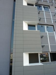 facciata uffici in costruzione