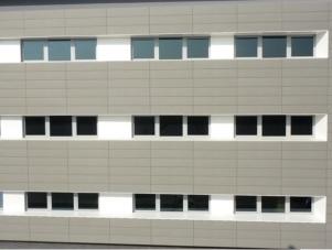 facciata uffici in zinco-titanio